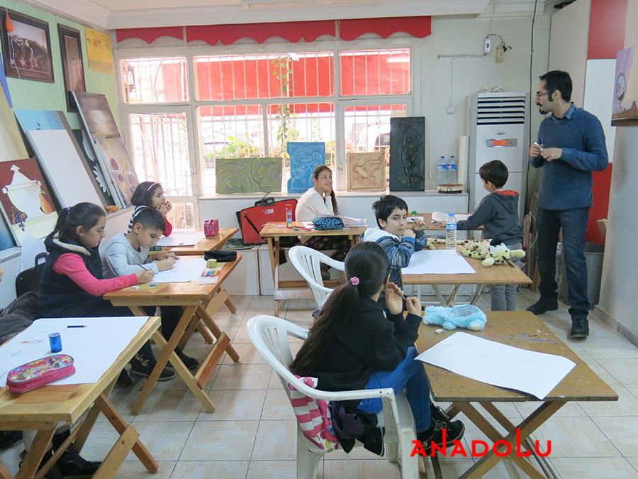 Çocuklarla Karakalem Kursları Antalyada