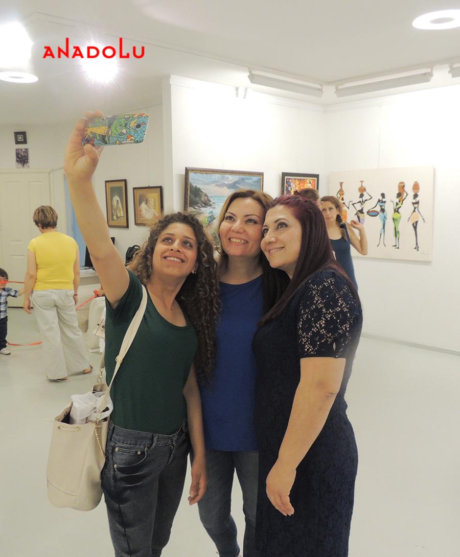 Anadolu Sanat Atölyesi Resim Sergileri Antalyada