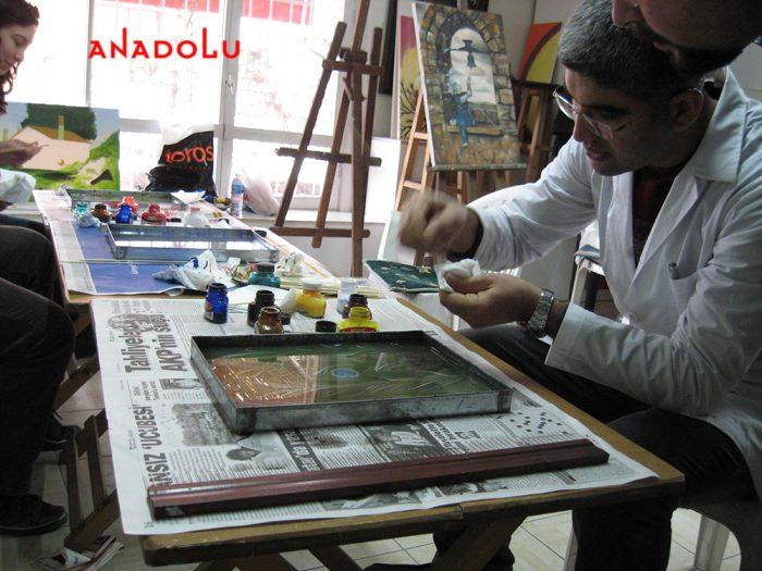 Antalyada Yetişkinlerle Ebru Kursları