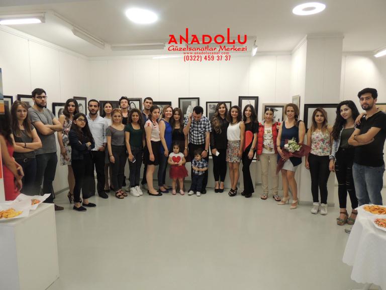 Antalyada Anadolu Güzel Sanatlarda Güzel Sanatları Kazananların Sergileri