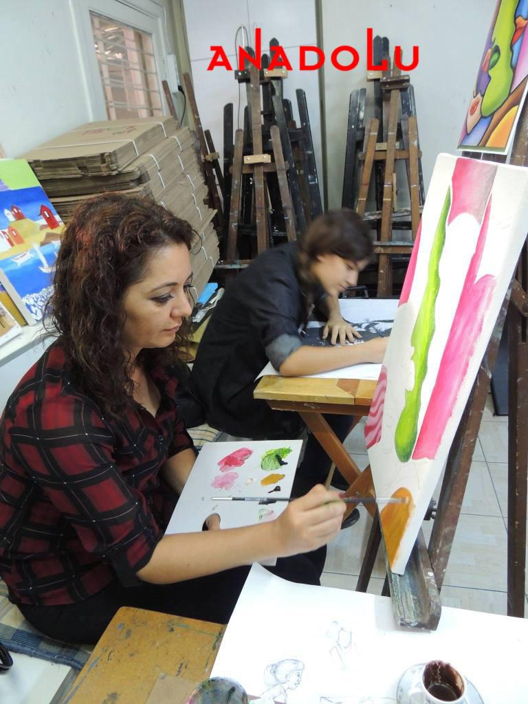 Hobi Grupları Yağlıboya Çizimleri Antalyada