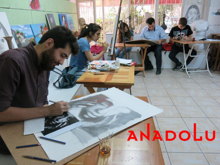 Hobi Grubu Karakalem Çalışmaları Antalya