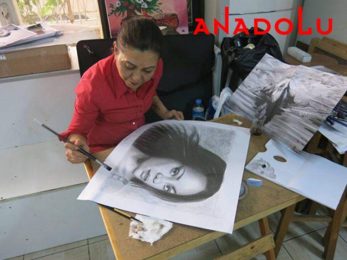 Hobi Dersleri Karakalem Çalışması Antalya