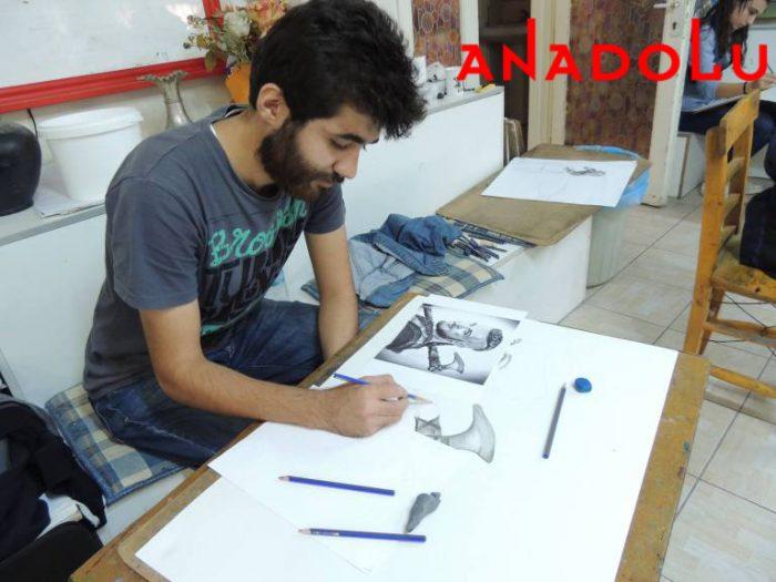 Hobi Karakalem Potre Çizim Dersleri Antalyada