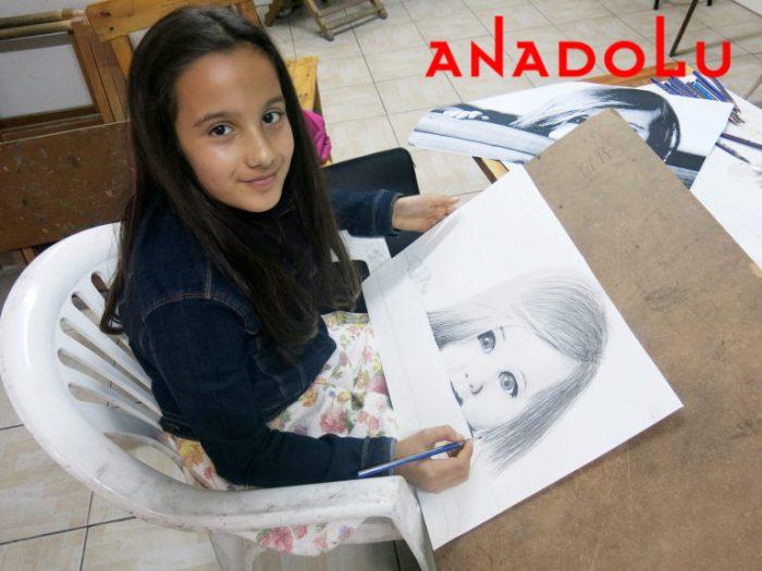Çocuk Grupları Karakalem Çizim Dersleri Antalya
