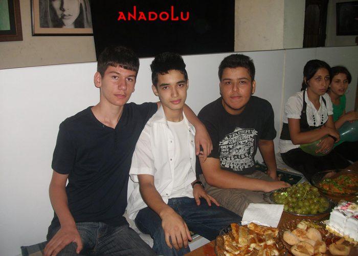 Antalyada Anadolu Güzel Sanatları Lisesini Kazanan Öğrenciler